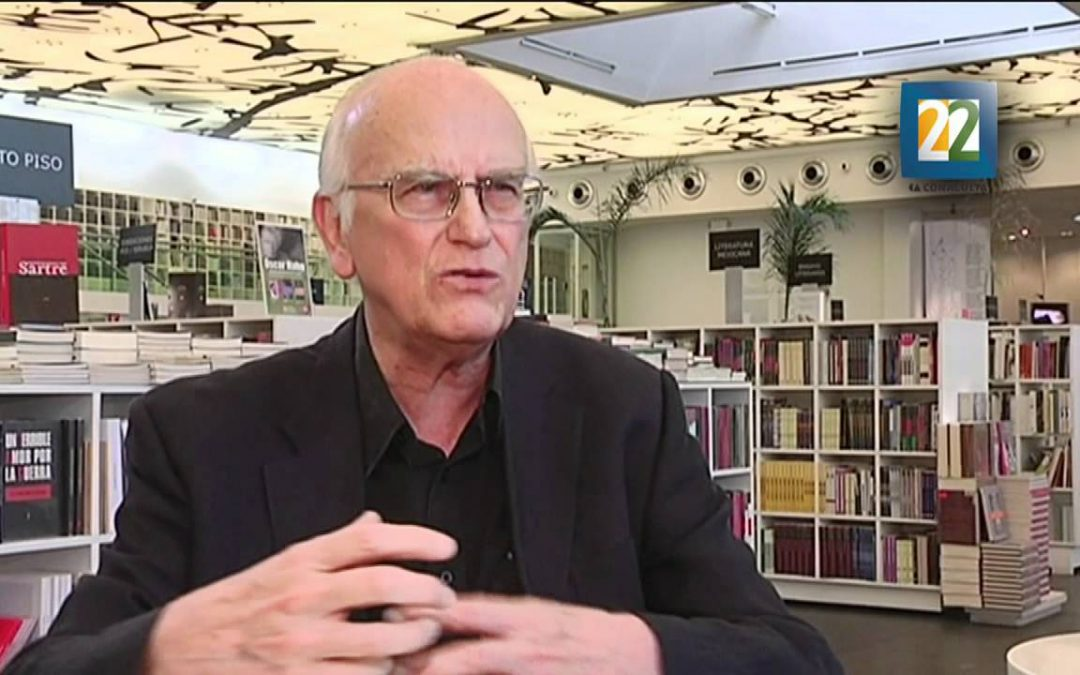 Roger Bartra recibe Premio Nacional de Ciencias y Artes 2013 de México