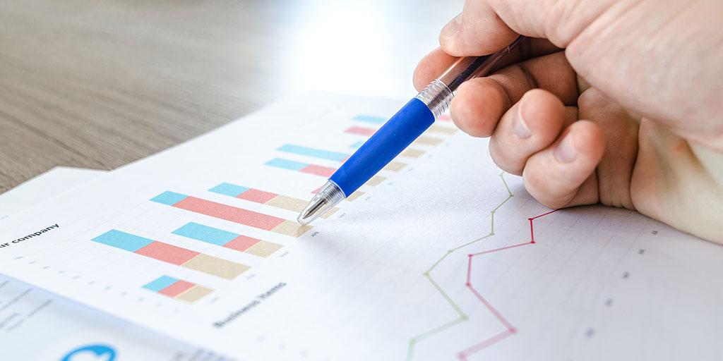 Análisis de Datos Cuantitativos en Software Estadístico Stata